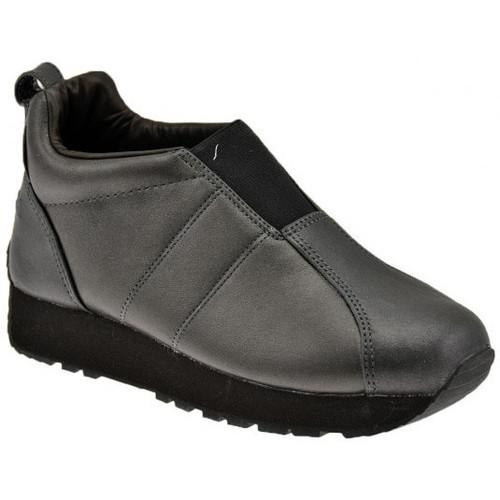 Παπούτσια Γυναίκα Χαμηλά Sneakers Superga  Black