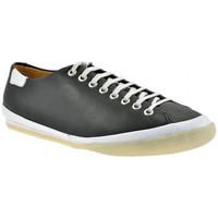 Παπούτσια Άνδρας Χαμηλά Sneakers Clarks  Black
