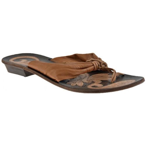 Παπούτσια Γυναίκα Σαγιονάρες Progetto  Beige