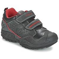 Παπούτσια Αγόρι Χαμηλά Sneakers Geox NEW SAVAGE BOY Black / Red