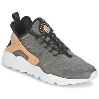 Παπούτσια Γυναίκα Χαμηλά Sneakers Nike AIR HUARACHE RUN ULTRA SE W Black / CAMEL