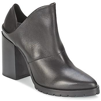 Παπούτσια Γυναίκα Μποτίνια Strategia TAKLO Black