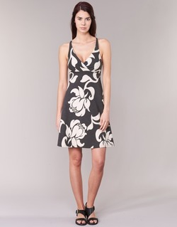 Υφασμάτινα Γυναίκα Κοντά Φορέματα Patagonia AMBER Black / άσπρο