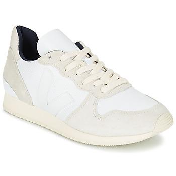 Παπούτσια Γυναίκα Χαμηλά Sneakers Veja HOLIDAY LOW TOP άσπρο / Beige