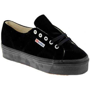 Παπούτσια Γυναίκα Χαμηλά Sneakers Superga