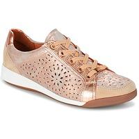 Παπούτσια Γυναίκα Χαμηλά Sneakers Ara ZIMELLE Ροζ / Μεταλικό