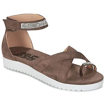 Παπούτσια Γυναίκα Σανδάλια / Πέδιλα Refresh OURILICA Taupe