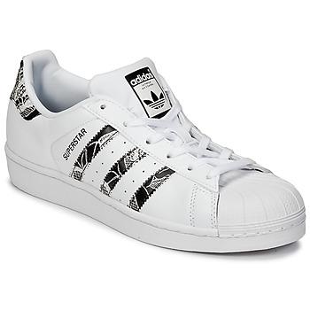 Παπούτσια Γυναίκα Χαμηλά Sneakers adidas Originals SUPERSTAR W άσπρο