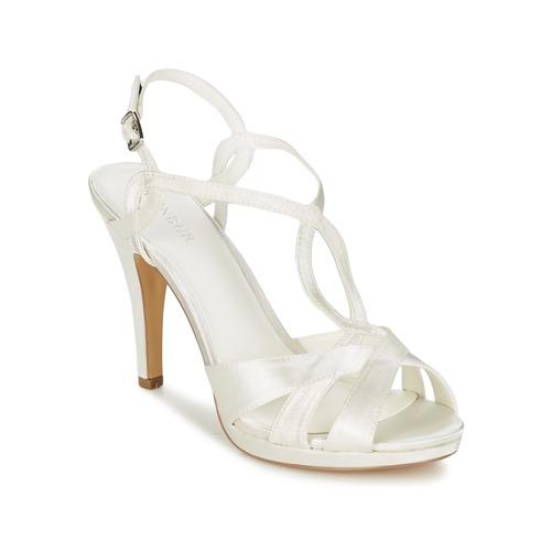 Παπούτσια Γυναίκα Σανδάλια / Πέδιλα Menbur AMPARO Κρεμ