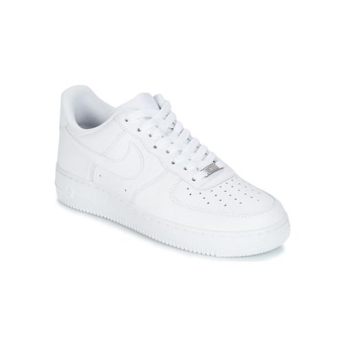 Παπούτσια Άνδρας Χαμηλά Sneakers Nike AIR FORCE 1 07 Άσπρο