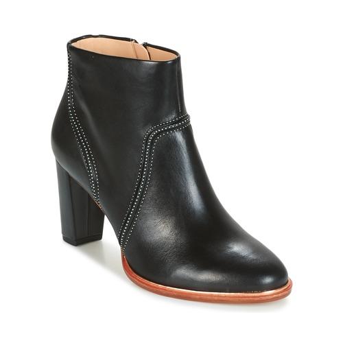 Παπούτσια Γυναίκα Μποτίνια Clarks ELLIS BETTY Black