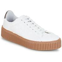 Παπούτσια Γυναίκα Χαμηλά Sneakers Le Temps des Cerises TALYS Άσπρο