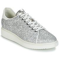 Παπούτσια Γυναίκα Χαμηλά Sneakers Geox D THYMAR C Silver / Άσπρο