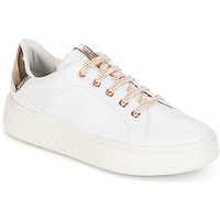 Παπούτσια Γυναίκα Χαμηλά Sneakers Geox D NHENBUS A Άσπρο