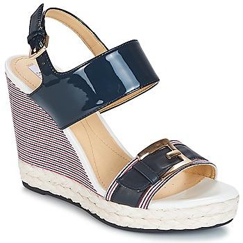 Παπούτσια Γυναίκα Σανδάλια / Πέδιλα Geox JANIRA E Marine