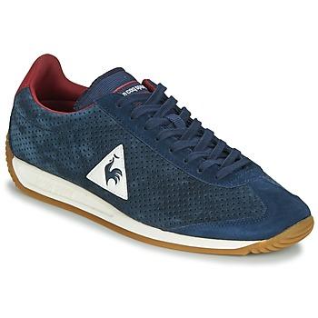 Παπούτσια Άνδρας Χαμηλά Sneakers Le Coq Sportif QUARTZ PERFORATED NUBUCK Μπλέ / Red