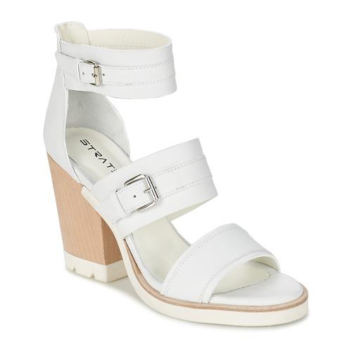 Παπούτσια Γυναίκα Σανδάλια / Πέδιλα Strategia BARREA άσπρο