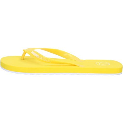 Παπούτσια Άνδρας Σαγιονάρες Momo Σανδάλια AG30 Κίτρινος
