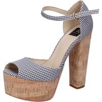 Παπούτσια Γυναίκα Σανδάλια / Πέδιλα Islo sandali nero tessuto bianco BZ223 Nero