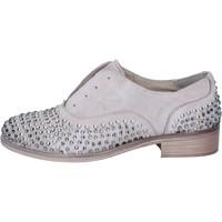 Παπούτσια Γυναίκα Derby Onako Κλασσικός BZ629 Γκρί
