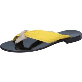 Παπούτσια Γυναίκα Σανδάλια / Πέδιλα Calpierre Σανδάλια BZ869 Μπεζ