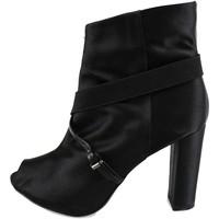 Παπούτσια Γυναίκα Μποτίνια Manas Μπότες αστραγάλου AH922 Μαύρος