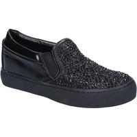 Παπούτσια Γυναίκα Slip on Sara Lopez BY240 Μαύρος