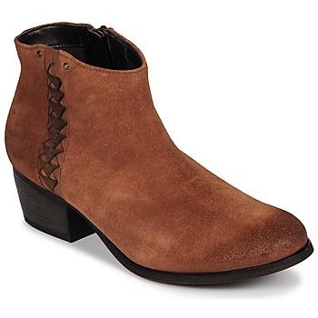 Παπούτσια Γυναίκα Μποτίνια Clarks MAYPEARL Dark / Tan / Suede