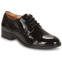 Παπούτσια Γυναίκα Derby Clarks NETLEY Μαυρο / Pat