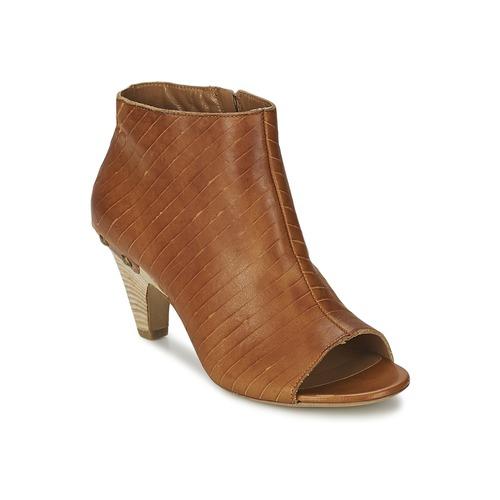 Παπούτσια Γυναίκα Χαμηλές Μπότες Vic GONCO Brown