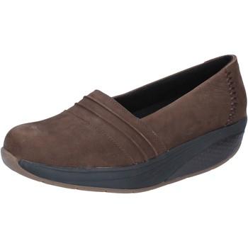 Παπούτσια Γυναίκα Μοκασσίνια Mbt BY686 καφέ