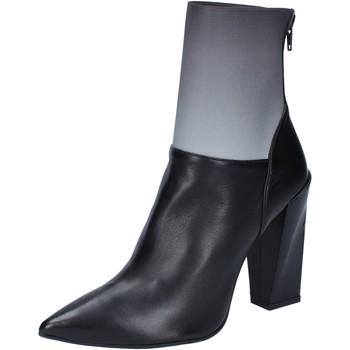 Παπούτσια Γυναίκα Μποτίνια Gianni Marra BY766 Μαύρος