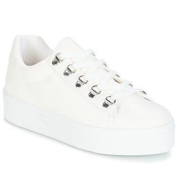 Παπούτσια Γυναίκα Χαμηλά Sneakers André CROCHET Άσπρο