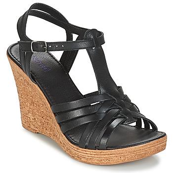 Παπούτσια Γυναίκα Σανδάλια / Πέδιλα André FABULEUSE Black