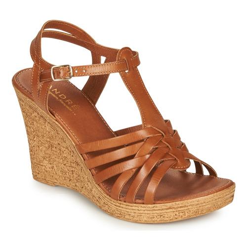 Παπούτσια Γυναίκα Σανδάλια / Πέδιλα André FABULEUSE Camel