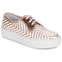 Παπούτσια Γυναίκα Χαμηλά Sneakers André NAT Dore