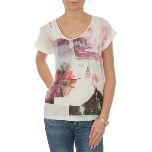 Υφασμάτινα Γυναίκα T-shirt με κοντά μανίκια Lee T-shirt  Night Cloud Dancer L485AUHA white