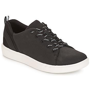 Παπούτσια Γυναίκα Χαμηλά Sneakers Clarks Step Verve Lo. / Μαυρο