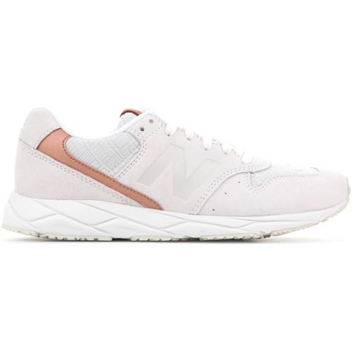 Παπούτσια Γυναίκα Χαμηλά Sneakers New Balance WRT96EAA white, brown