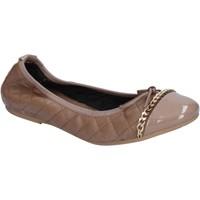 Παπούτσια Γυναίκα Μπαλαρίνες Crown ΠΑΠΟΥΤΣΙΑ ΜΠΑΛΕΤΟΥ BX639 Μπεζ