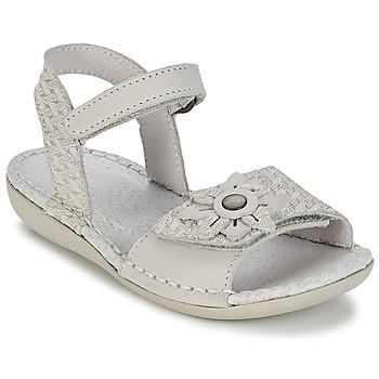 Παπούτσια Κορίτσι Σανδάλια / Πέδιλα Kickers EVANA Άσπρο / Cassé