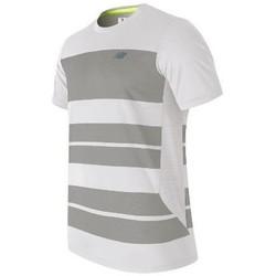 Υφασμάτινα Άνδρας T-shirt με κοντά μανίκια New Balance MT53406WSV white